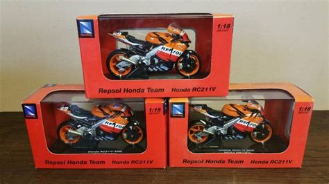 Die Cast Motor Honda Rc 51 1 18 honda die cast motor cycle sauk rapids consignment auction k bid