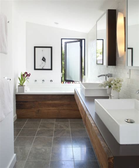 Narrow Bathrooms by 5 Bathroom Ideas Paradissi