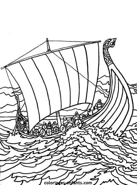 dessin bateau ulysse coloriage bateau de guerre les beaux dessins de