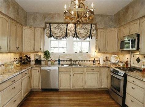 antique cream kitchen cabinets la bella vida antique cabinets