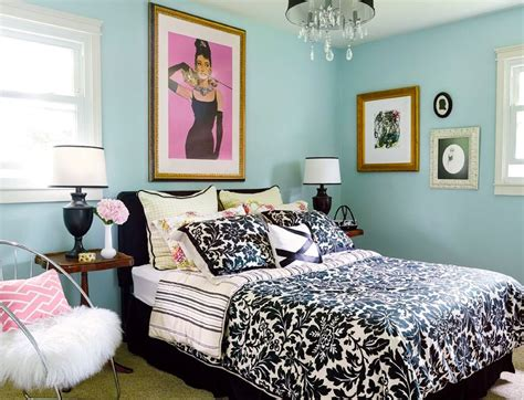 hollywood bedroom ideas small guest bedroom hollywood glamour decor small