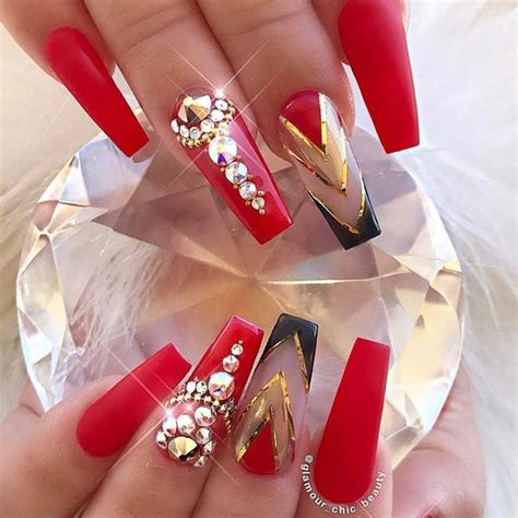 36 Red Nails Designs for Women of All Ages