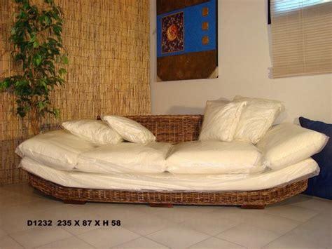 mobili da giardino in vimini divano in banano cm 235x87x58 h divano in banano