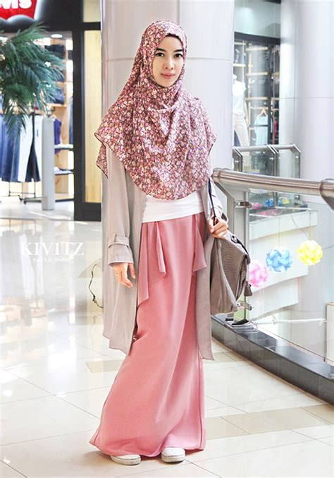 Hijaber Pink so sweet and this pink skirt and kivitz ma
