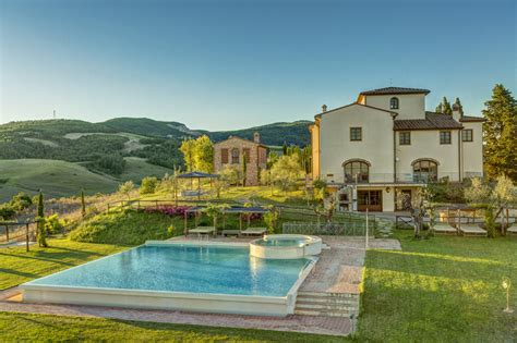 giardini di ville moderne luxury villas in tuscany with garden luxury villas