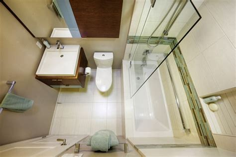 soaking bathtubs for small spaces soaking tubs for small bathrooms home design tips and guides
