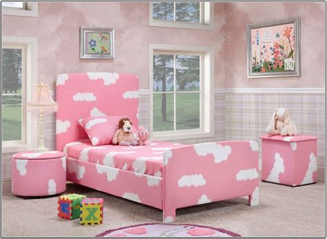 home decor for teens bedroom decorating ideas for teenage girls with small rooms pleasing simple tumblr as well teen