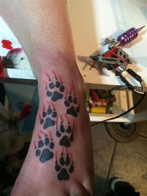 wolf paw print tattoo best 20 wolf paw tattoos ideas on wolf print