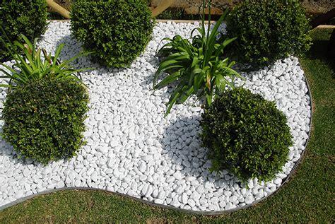 giardini con ciottoli bianchi pietre bianche d 40 60 mm sassi ciottoli bianco carrara