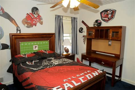 falcons room from rooms to go falcons living