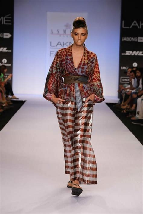 Marwah Batik 10 reasons to batik missmalini