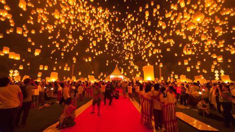 thailand lantern festival held despite mourning period