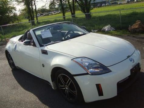 wrecked nissan 350z for sale sell used nissan 350z salvage rebuildable repairable