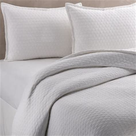 matelasse coverlet queen buy white matelasse coverlet queen from bed bath beyond