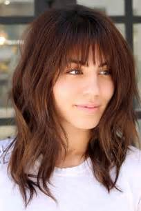 hairstyle with a few bangs 36 modern medium hairstyles with bangs for a new look