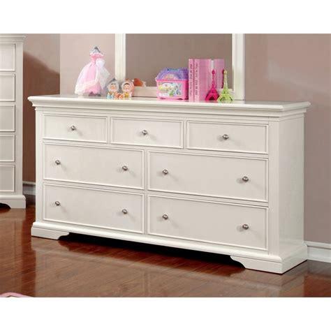 7 Drawer Dresser White by Furniture Of America Gillis 7 Drawer Dresser In White