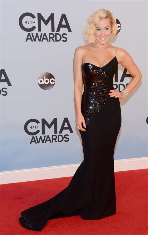 country music awards date 2013 kellie pickler country music association awards 2013 04