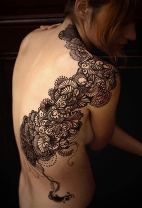 Lace Tattoos Celebrate the Femininity of Women « Tattoo Articles « Ratta Tattoo
