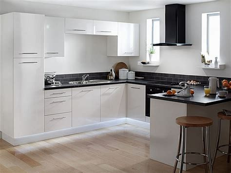 Kitchen With Black And White Cabinets Buying White Kitchen Cabinets For Your Cool Kitchen