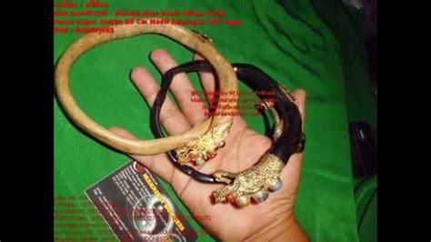 Gelang Akar Bahar Putih Ukir gelang akar bahar hitam putih ukuran jumbo 35 cm modif kuningan ukir naga