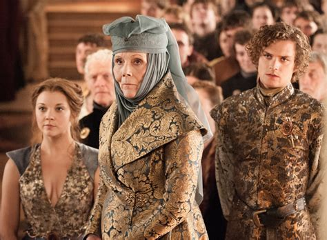 film queen of game queen margaery lady olenna loras tyrell movie costumes
