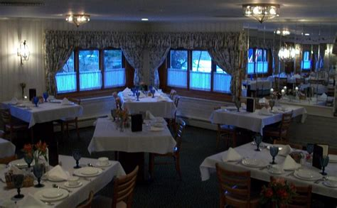 pictures for hollyhock hill restaurant in indianapolis in