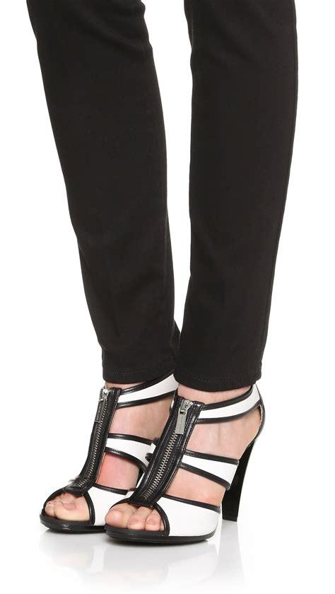 michael kors berkley t sandal michael michael kors berkley t sandals in black lyst