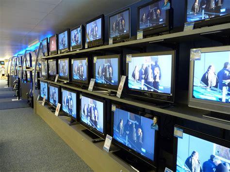 2 samsung tvs in same room television