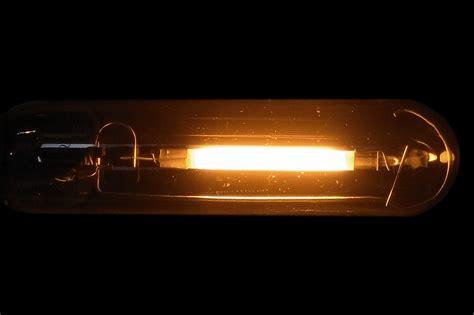 ge lucalox lu70 90 t10 27 compact tubular hps