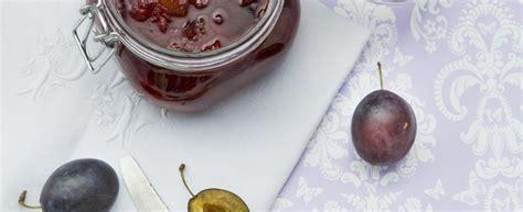 marmellata in casa confettura di susine la ricetta per farla in casa agrodolce