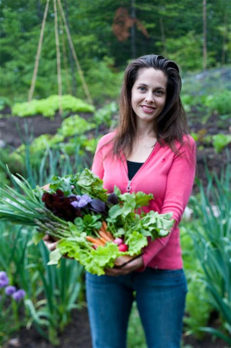 niki jabbour s veggie garden remix 224 new plants to shake up your garden and add variety flavor and books niki jabbour at home here in scotia 171 sea and be