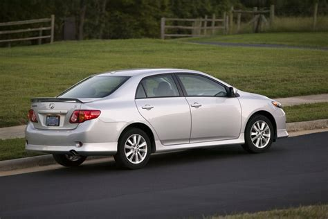 2010 toyota corolla 2010 toyota corolla specs pictures trims colors cars