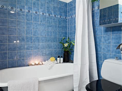 blue tiles bathroom ideas tiles color depending on the room and the living style of