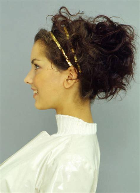 Hochzeitsfrisur Naturlocken by Hochsteckfrisuren F 252 R Lockiges Haar