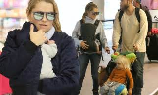 teresa palmer family pics teresa palmer and her family touch down in la daily mail