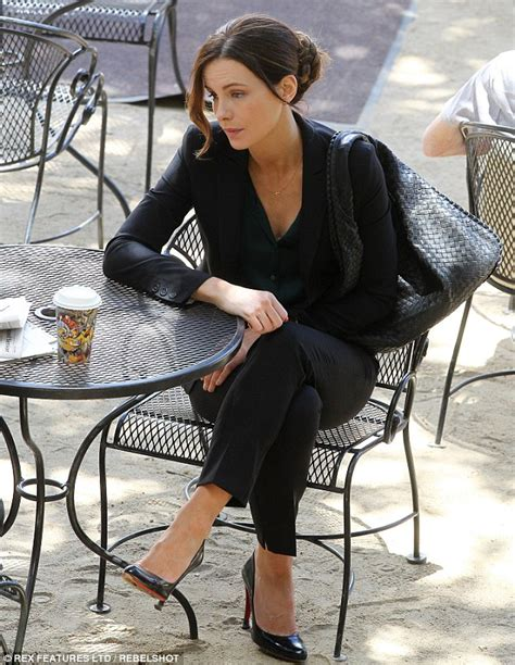 Name That Bag Kate Beckinsale by Kate Beckinsale Slips Into A Pair Of Ugg S After A