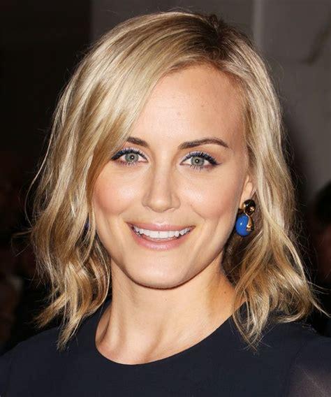 aunt lori blonde hair taylor schilling hair makeup hair do pinterest