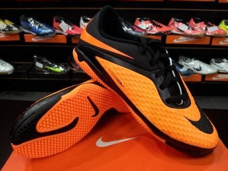 Sepatu Futsal Anak Nike Original buy futsal hypervenom nike soccer cleats t90 shoes