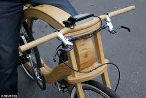 lada di wood the electric two wheeler that s made from an ash tree