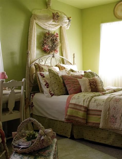 apple green bedroom 100 best images about apple green bedrooms on