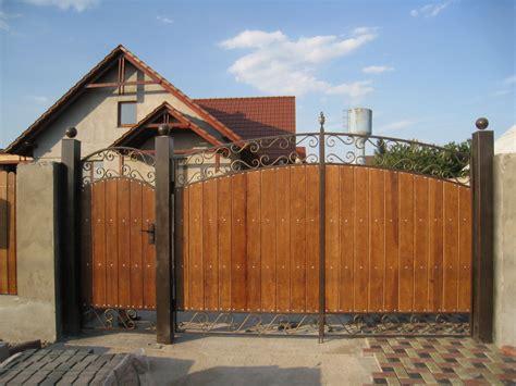 din lemn porti din lemn garduri din lemn