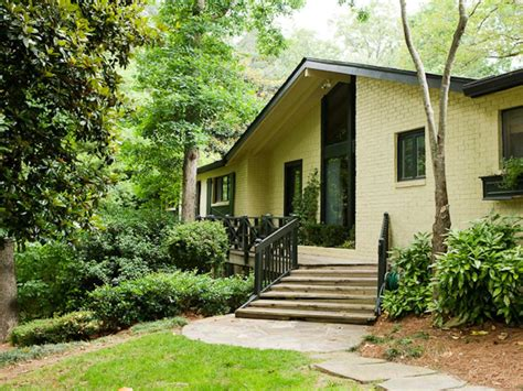 curb appeal makeover curb appeal makeovers hgtv