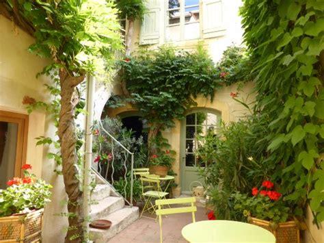 le patio arles le patio d arles arles frankrijk foto s reviews en