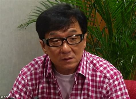 Jackie Chan supports death penalty for drug offenders