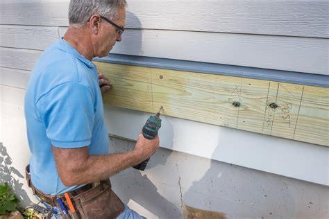 Decks.com. How To Build A Deck   Attaching the Ledger Board