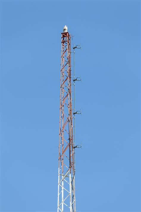 file wmmn wgye tower fm antenna jpg wikimedia commons