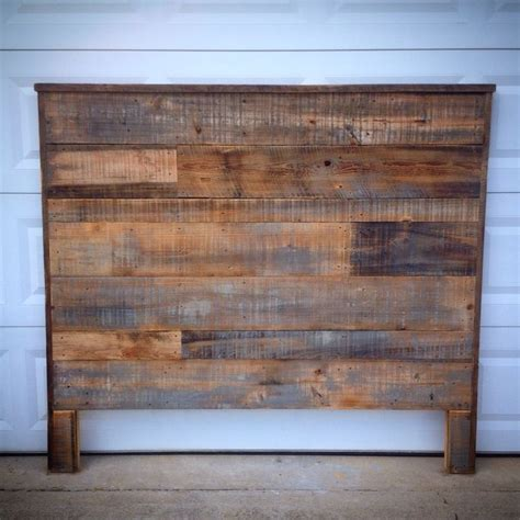 Barn Wood Headboard 17 Best Ideas About Barn Wood Headboard On Rustic Headboards Reclaimed Wood