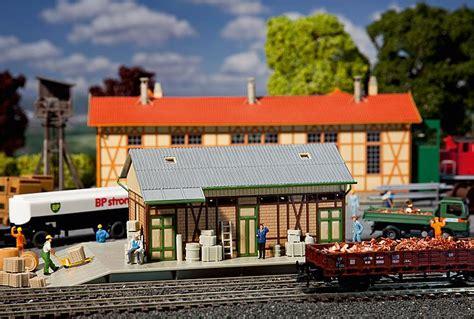 carrozze treni in vendita faller magazzino merci la borsa treno
