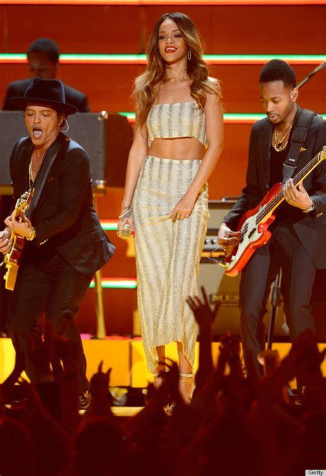 Rihanna In Post Grammys Car Crash by Rihanna S Grammys Dress 2013 Overshadows Dubious