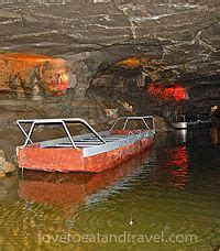 pa caverns boat ride boat ride tour in the underground river in howe caverns